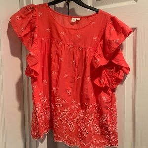 Adorable Gap flowy blouse!